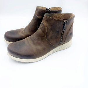 Born Brown Leather Ankle Boots White Soles 7/38